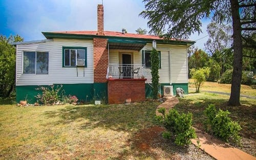 6 Wellington Street, Molong NSW 2866