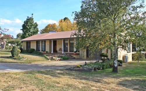 17 William Street, Tumbarumba NSW 2653