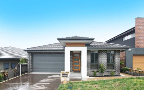 13 Alan Watt Street, Casey ACT