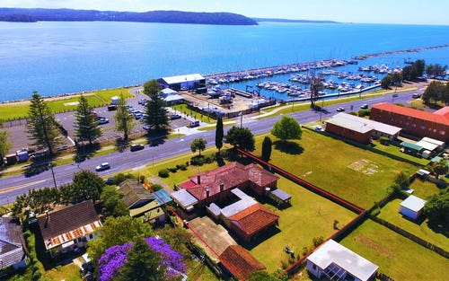 74 Beach Road, Batemans Bay NSW 2536