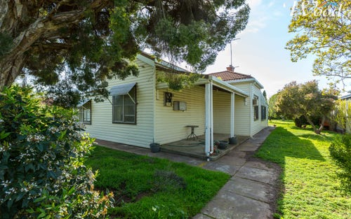 11 & 13 Second Avenue, Henty NSW 2658