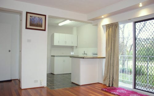4/11 Farrer Place, Farrer ACT