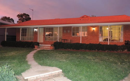 83 Pugsley Ave, Estella NSW 2650