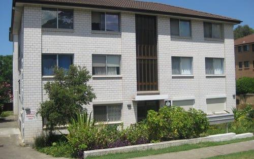 2/4 Forbes Street, Warwick Farm NSW 2170