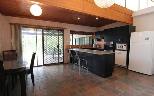 35 Wilmot Place, Singleton NSW 2330