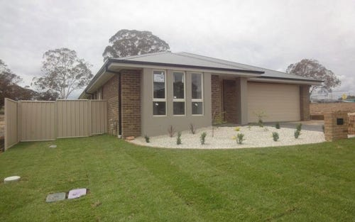 94 William Maker Drive, Orange NSW 2800