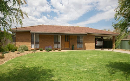 3 William St, Finley NSW 2713