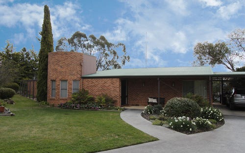 45 Morrow Place, Bathurst NSW 2795