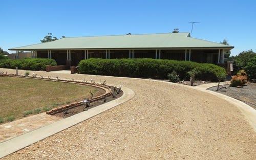 23 Airport Street, Temora NSW 2666