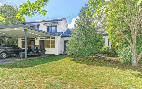 5 Kitchener Avenue, Wentworth Falls NSW 2782