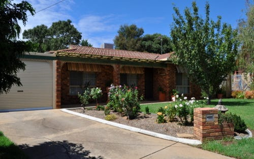 4 Patey Close, Ashmont NSW 2650