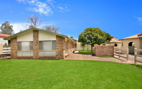 2/1a Kingston Town Drive, Kembla Grange NSW