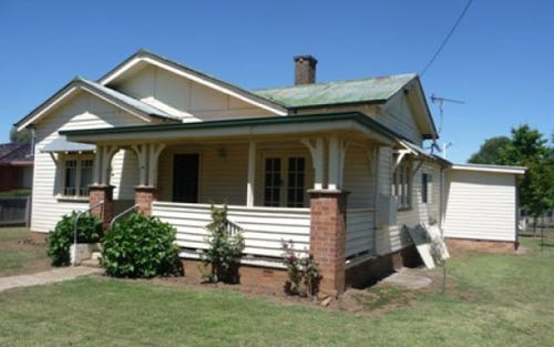 42 Railway Street, Glen Innes NSW 2370