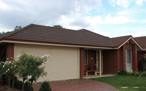 10 Bullara Ct, Lavington NSW 2641