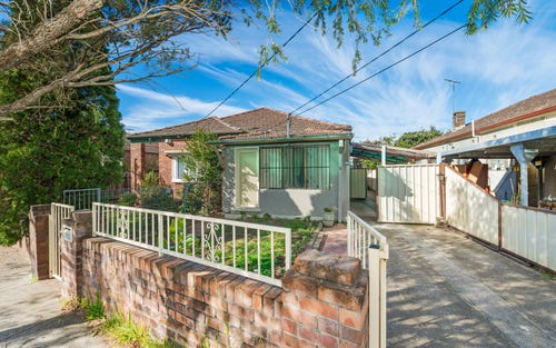 8 South Pde, Canterbury NSW 2193
