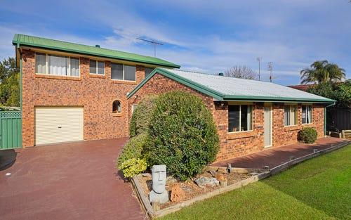 114 Chasselas Av, Eschol Park NSW 2558