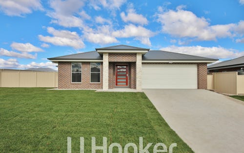 47 Emerald Drive, Kelso NSW
