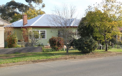 83 Piper Street, Tamworth NSW 2340