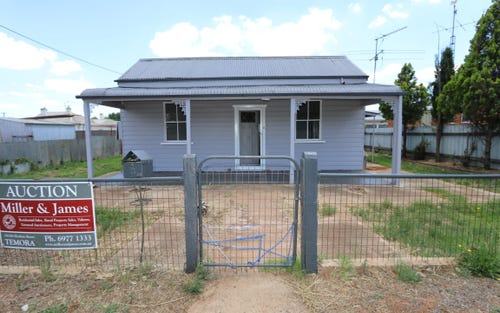 103 Grey St, Temora NSW 2666