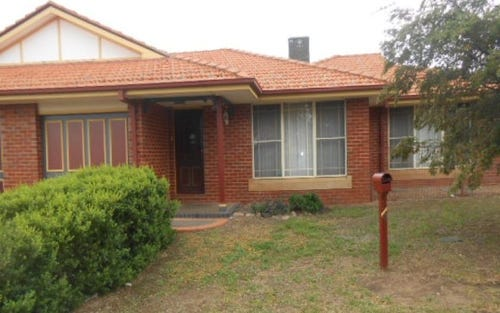 Unit 1/ 4 Friendship Place, Parkes NSW 2870