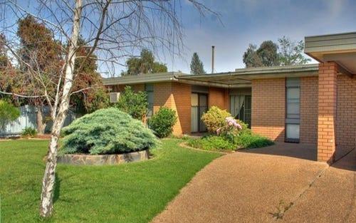 13 Higgins Avenue, Wagga Wagga NSW 2650