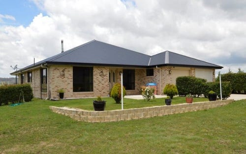323 Red Range Road, Glen Innes NSW 2370