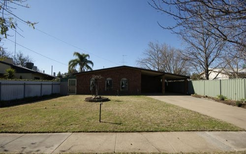 459 Wood St, Deniliquin NSW 2710