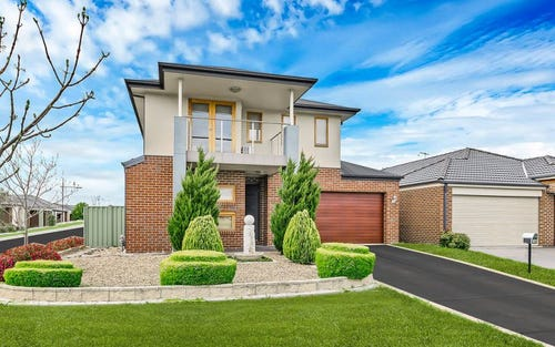 14 Golden Green Street, Pakenham VIC 3810
