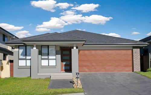 5 Reuben St, Riverstone NSW
