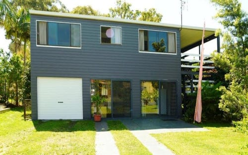 4 Seventeenth Avenue, Stuarts Point NSW 2441