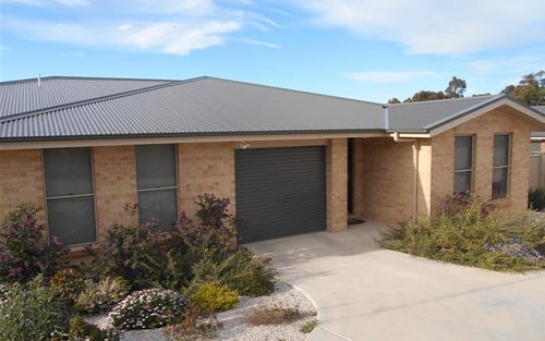 2/5 Tebbutt Court, Mudgee NSW