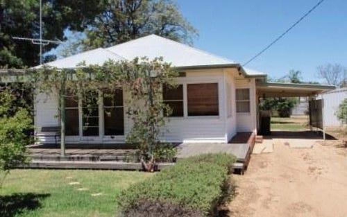342 Lang Street, Hay NSW 2711
