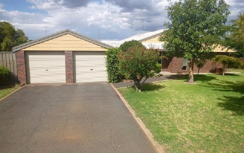 6 Coronation Avenue, Parkes NSW 2870