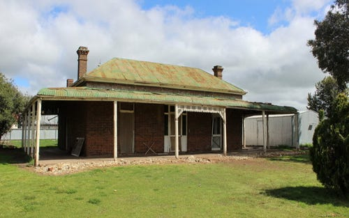 162 Camp Street, Temora NSW 2666