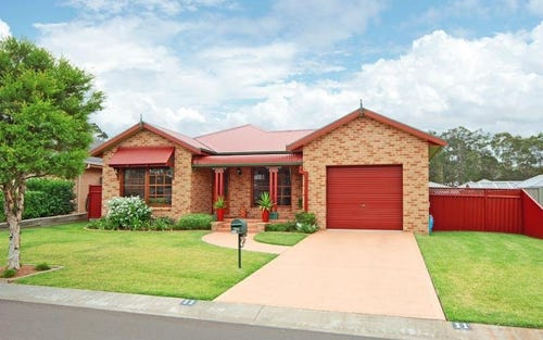 11 Terralla Grove, South Nowra NSW 2541