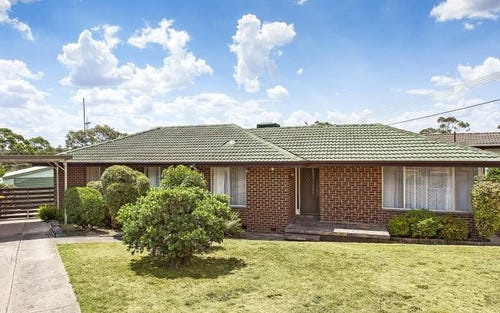8 Backhouse Street, Latham ACT