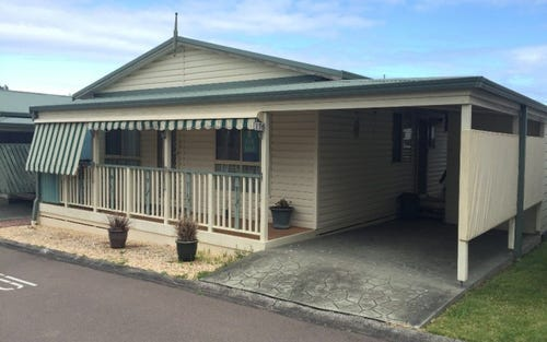 176/25 Mulloway Road, Chain Valley Bay NSW 2259
