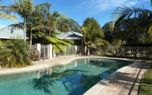 2a Panorama Cres, Forster NSW 2428