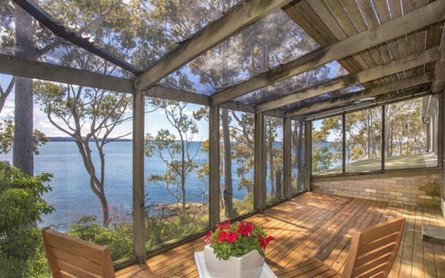 15 Barbara Crescent, Denhams Beach NSW 2536