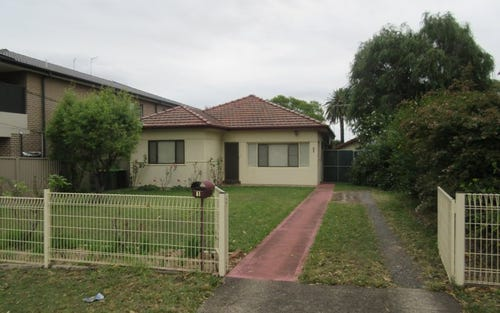 1 Clarke Street North, Peakhurst NSW