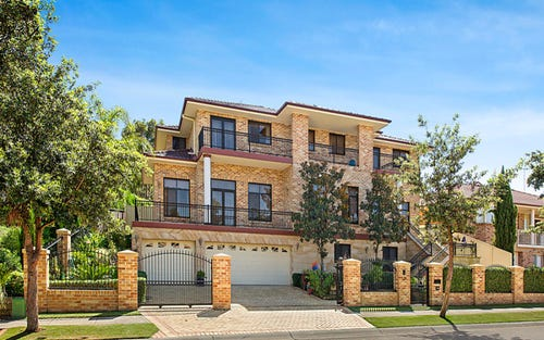 10 Greyfriar Place, Kellyville NSW 2155