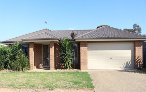9 Wing Crescent, Mulwala NSW 2647