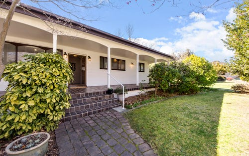70 Groom Place, Hughes ACT 2605