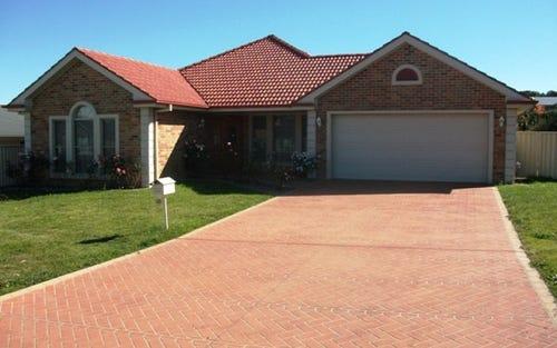 40 Roselawn Drive, Orange NSW 2800