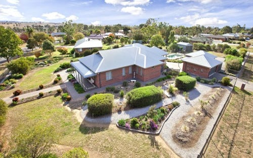 1 Narran Place, Tamworth NSW 2340