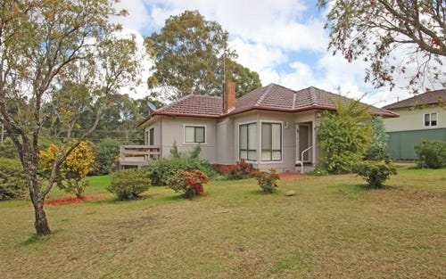 42 Harcourt Avenue, East Hills NSW 2213