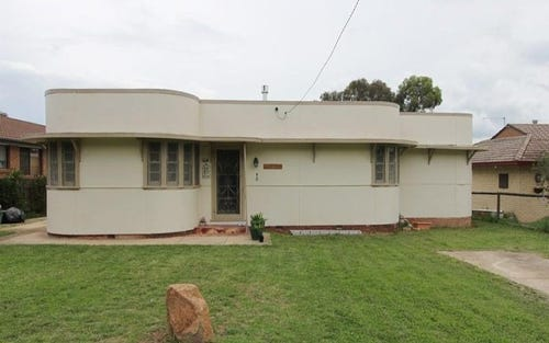 40 Wollondilly Avenue, Goulburn NSW 2580
