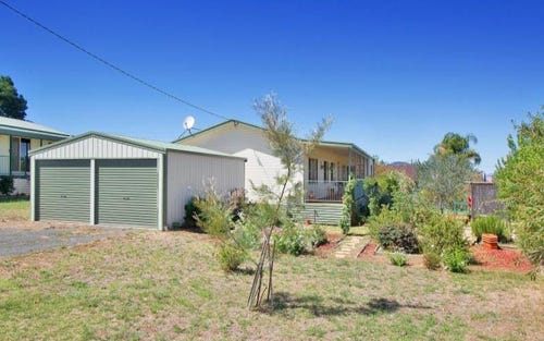14 Privet St, Kootingal NSW 2352