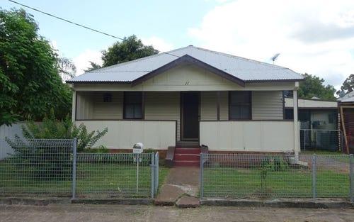 11 Raglan Street, Maitland NSW