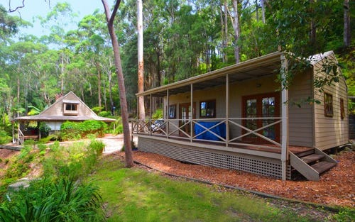 313 The Scenic Rd, Macmasters Beach NSW 2251